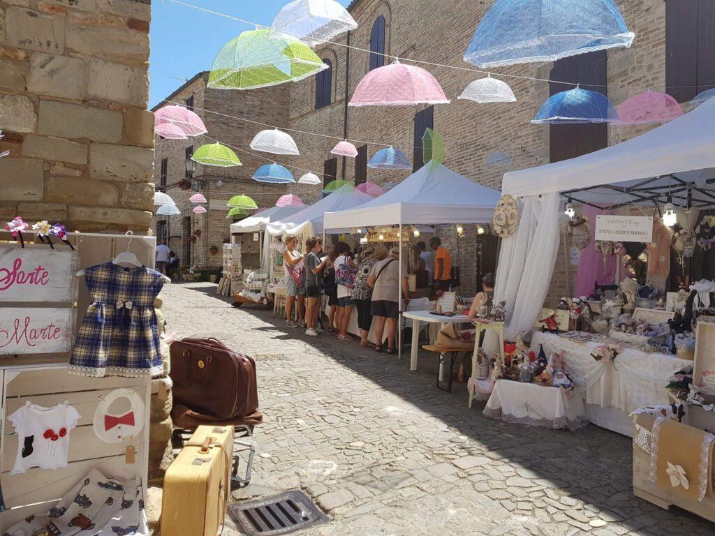 Il mercatino di Torre di Palme
