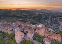 Things to Do in Torre di Palme, Le Marche