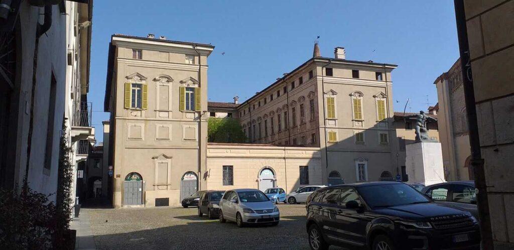 Palazzo Benzoni – Donati, Crema