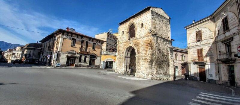 Porta Napoli, Sulmona